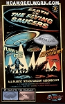 Earth vs the Flying Saucers with backdrop Model Kit by Atlantis Models