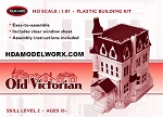OLD VICTORIAN (Addams Family) 1:87 (HO) Scale Model Kit from Polar Lights